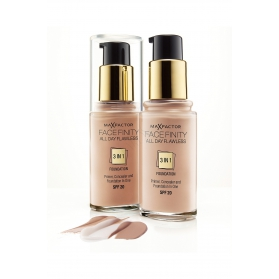 Max Factor Facefinity 3in1 Foundation - Light Ivory 30ml
